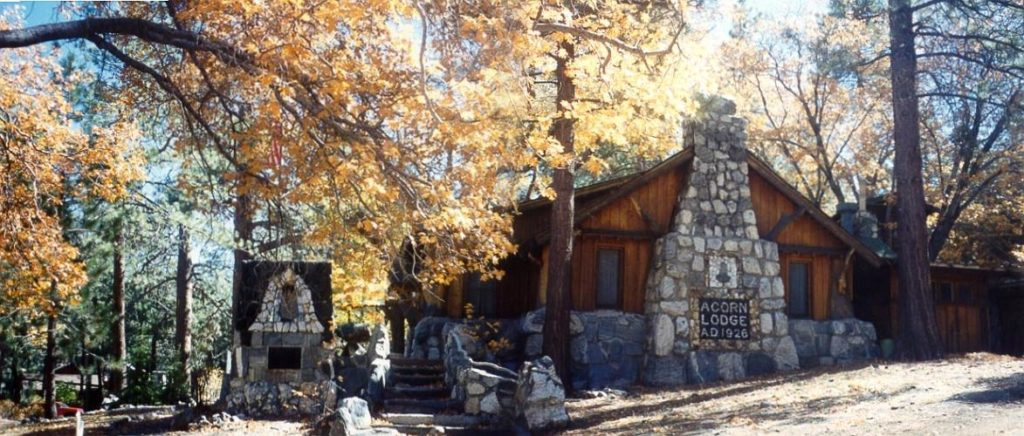 Acorn Lodge - Wrightwood