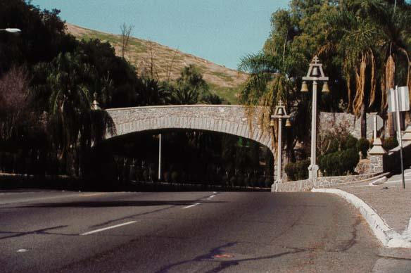 Buena Vista bridge - Riverside