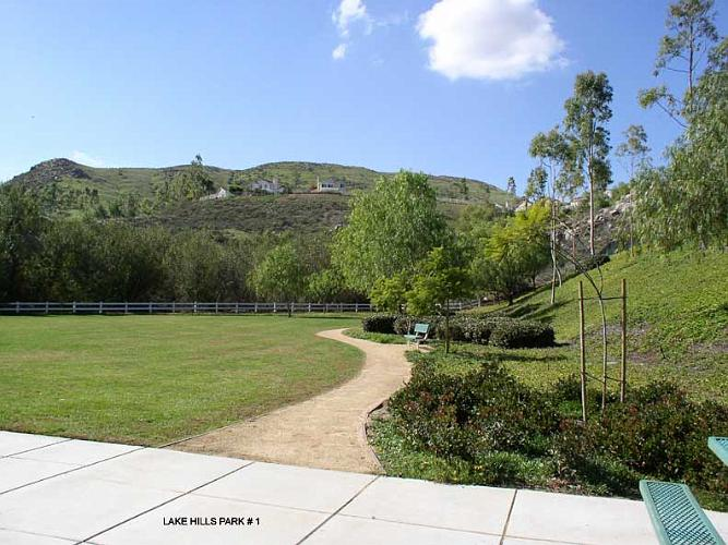 Lake Hills Park - Riverside