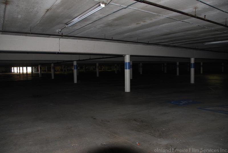 Redlands Mall - Redlands-16