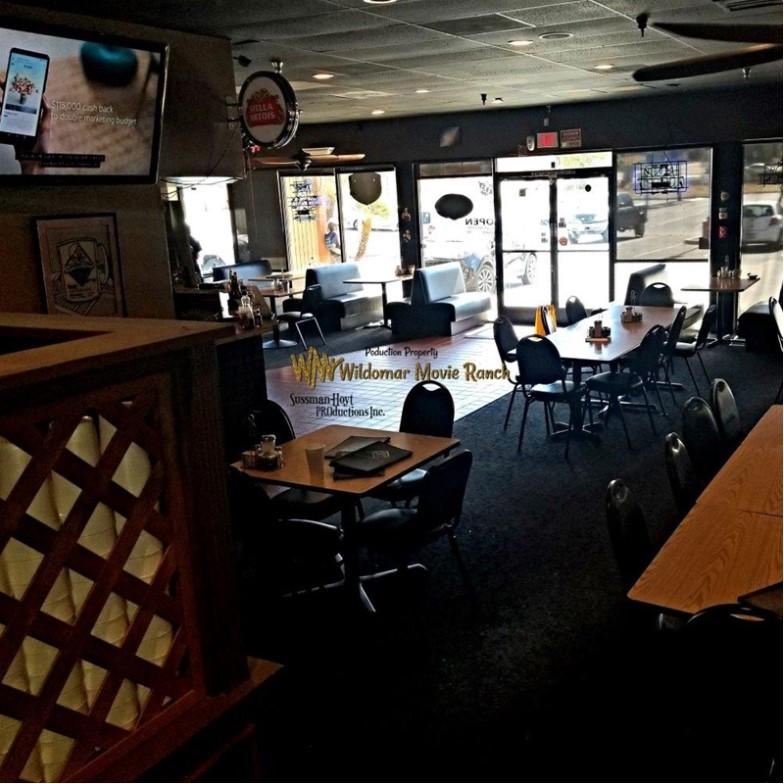 The Landing Zone Cafe   Lake Elsinore