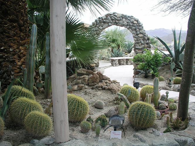 Aerie Art and Sculpture Garden-Palm Desert-06