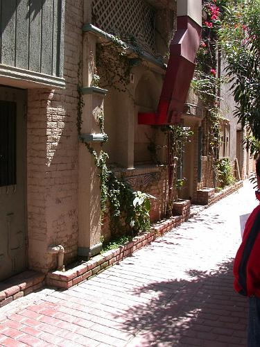 Alley Walkway - Riverside