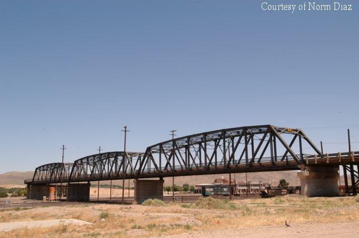1st Street bridge - Barstow