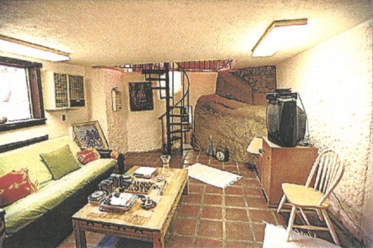 Boulder house Yucca Valley