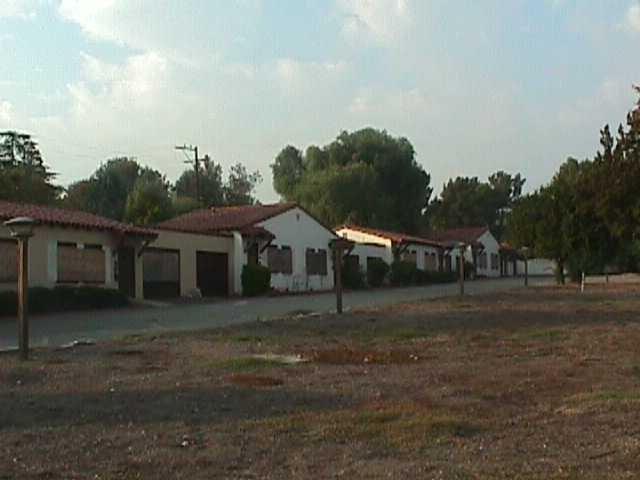 Closed Motel Banning