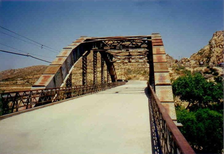 D Street bridge - Victorville2