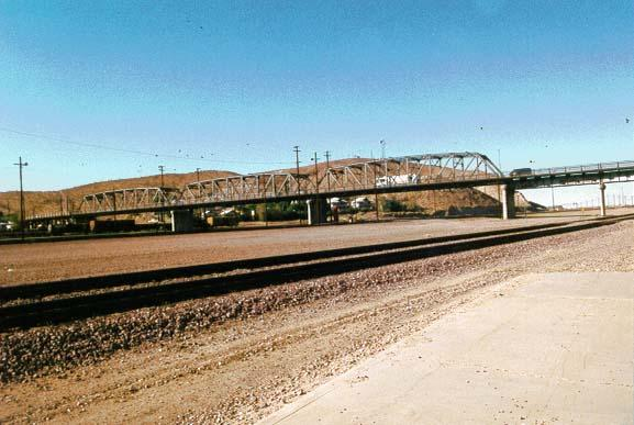 1st Street bridge - Barstow5
