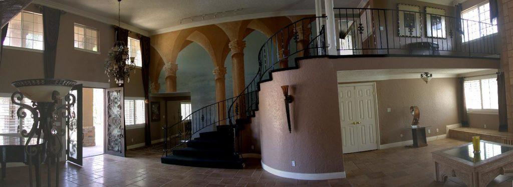 Mendoza Mansion - Riverside-e
