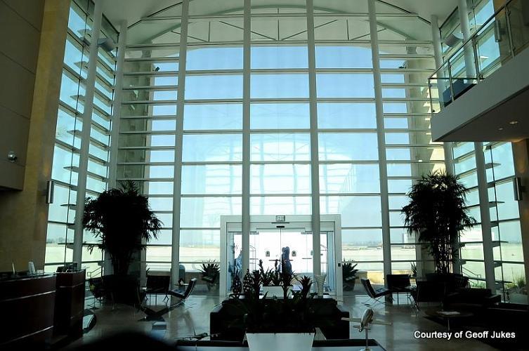 Luxivair Terminal - San Bernardino