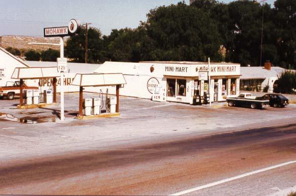 Mohawk Gas Station - Oro Grande