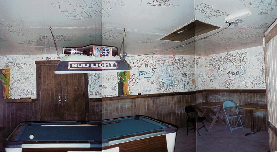 Murphys Bar and Cafe - Adelanto