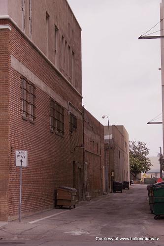 Western University Alley - Pomona