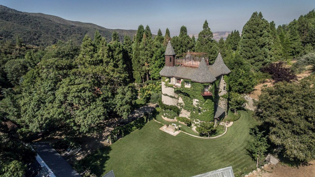 Oak Glen Castle - Oak Glen