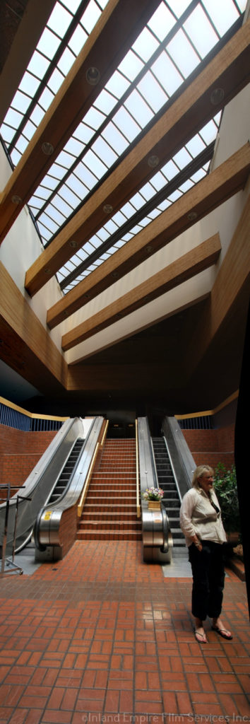 Redlands Mall - Redlands-03